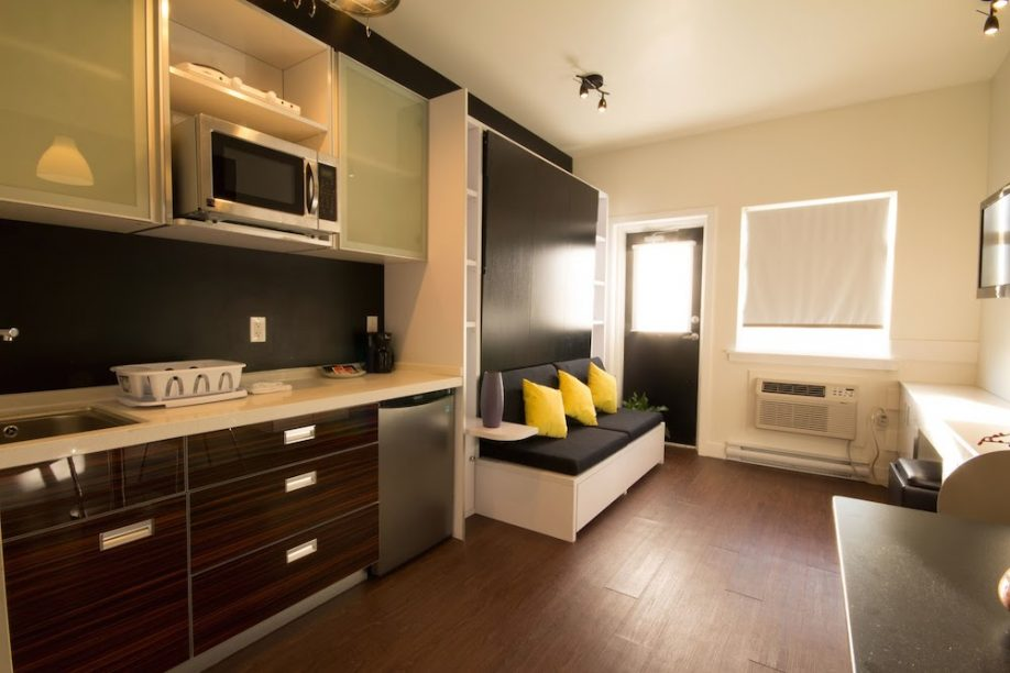 Micro Suite Living